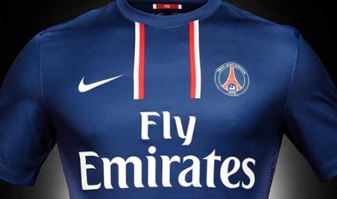 Primer plano de la camiseta del Paris St. Germain