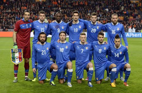 Una alineación de Italia