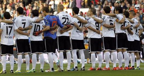 Once del Valencia CF en el homenaje a Puchades. FOTO:ligabbva.com