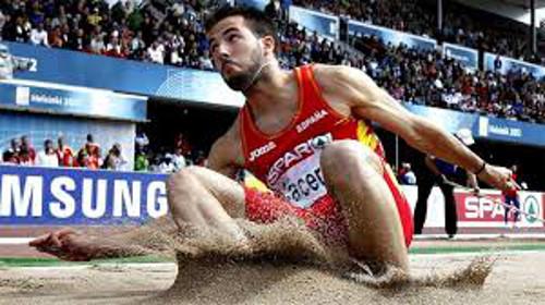 El atleta Eusebio Cáceres. FOTO:rtve.es