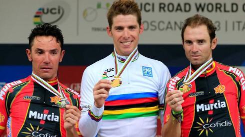 'Purito' Rodríguez (plata), Rui Costa (oro) y Valverde (bronce).