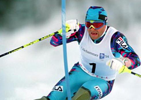 El ex esquiador italiano Alberto Tomba.
