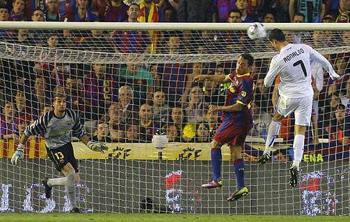 Imagen de la última final entre Real Madrid y Barcelona, en 2011.