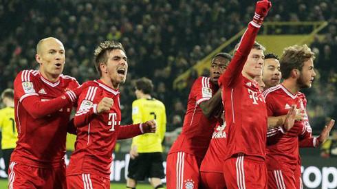 Varios jugadores del Bayern celebran un gol durante esta temporada.