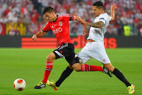 Imagen de la final entre Sevilla y Benfica.