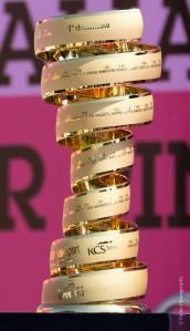 La Copa de ganador del Giro.