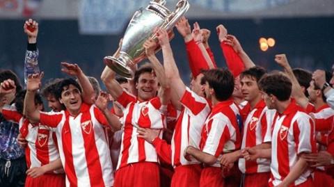 El Estrella Roja ganó la Copa de Europa en la temporada 90/91.