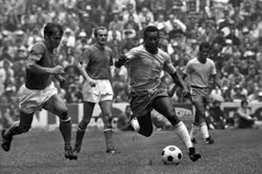 Pelé, durante la final del Mundial de México 1970.