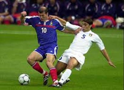 Zidane fue campeón del Mundo y de Europa con Francia.