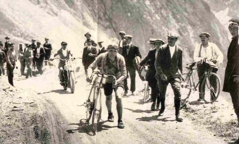 Imagen de los primeros años del Tour de Francia