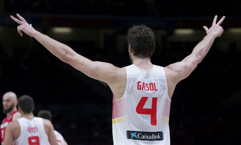 Gasol estuvo imparable en los cruces.