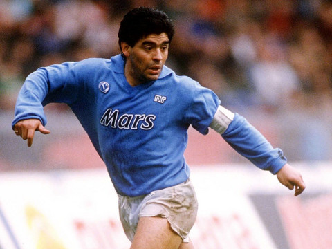 Nápoles disfrutó al mejor Maradona. Allí ganó 5 títulos en 5 años.
